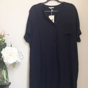 NWT TYLER BOE NAVY SHORTSLEEVE DRESS